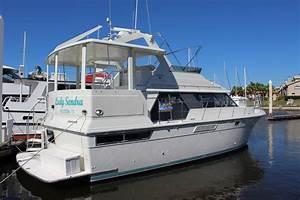 1995 Carver 440 Aft Cabin Motor Yacht Power Boat For Sale