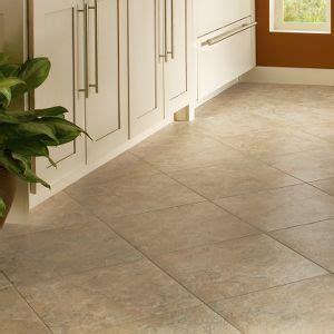 how to tile a backsplash in the kitchen 134 best images about flooring on vinyls 9837