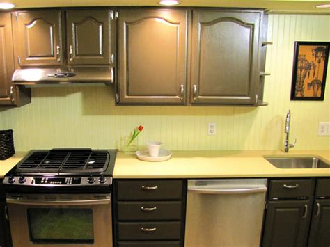 installing backsplash kitchen how to install a beadboard backsplash diy 1884