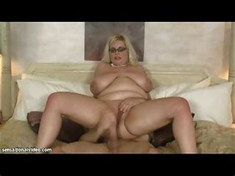 Drunk big tit Milf Wants To Help Her Son Cum Free Sex