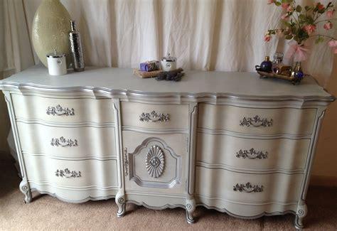 vintage white provincial bedroom furniture vintage hip decor vintage 9 drawer provincial