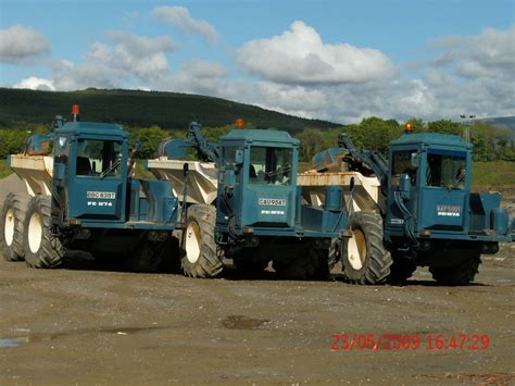 county fc    loading grabs  lime spreaders