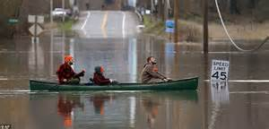 carnation washington week flooding river state canoe float flooded wednesday across snoqualmie power near restart paddle mile away half hurricane