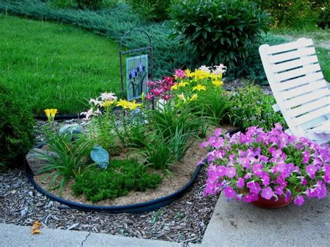 Ney Shaped Flower Bed Design Google Search