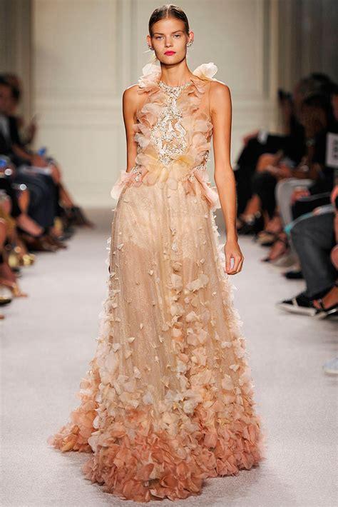 neonscope breathtaking dresses  marchesa