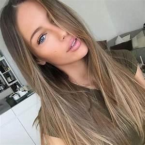 Dunkelblonde Haare Mit Blonden Strähnen : 1001 ideen f r dunkelblonde haare zum inspirieren trends dunkelblonde haare haar ideen ~ Frokenaadalensverden.com Haus und Dekorationen