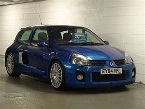 Clio 2 2004 : used 2004 renault clio 3 0 v6 sport 3dr for sale in west yorkshire pistonheads ~ Medecine-chirurgie-esthetiques.com Avis de Voitures