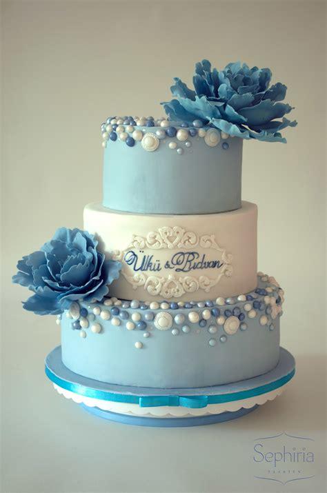 sephiria cakes satin ice