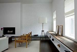 Mur Brique Blanc : couleur peinture salon mur de briques blanc sol parquet wenge ~ Mglfilm.com Idées de Décoration