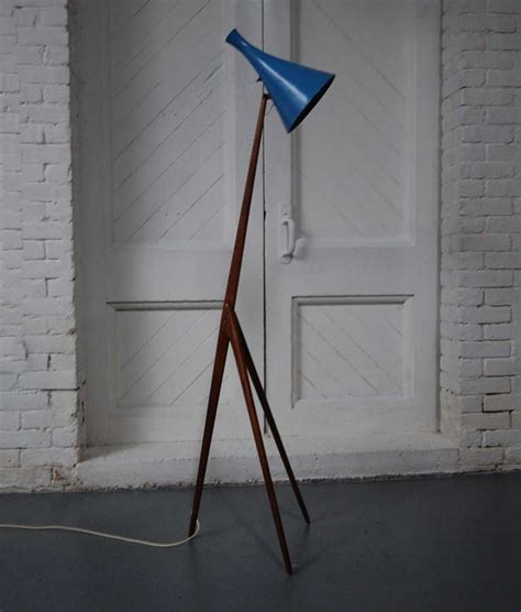 praying mantis floor l by luxus vittsj 246 at 1stdibs