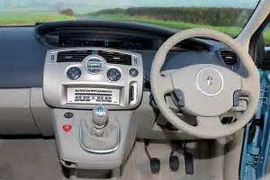 Renault Scenic 2004 : renault grand scenic estate 2004 2009 features equipment and accessories parkers ~ Medecine-chirurgie-esthetiques.com Avis de Voitures