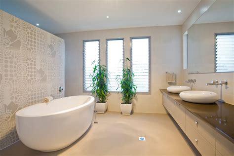 bathtub wall bagni moderni suggerimenti ed esempi tirichiamo it