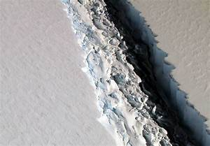 NASA Captures Scary Picture of Huge Rift in Antarctic Ice ...