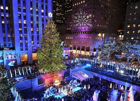 nyc tree lighting 2016 the 10 most amazing christmas trees in the u s