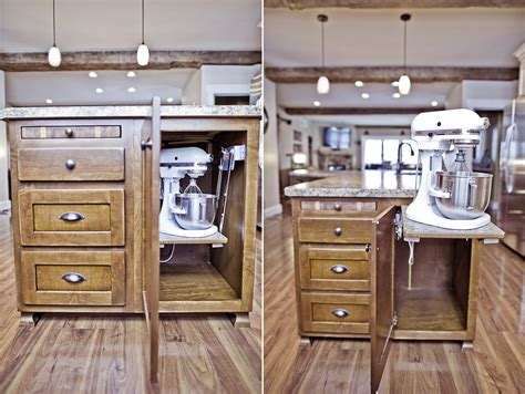 features mike beckerink cabinetry