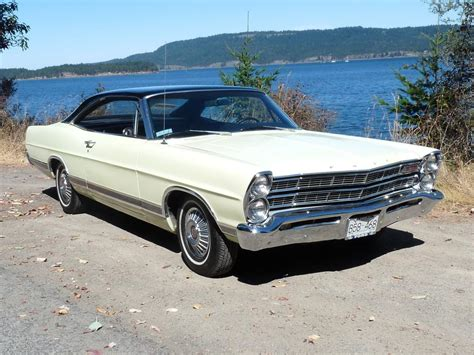 ford galaxie  xl  victoria victoria