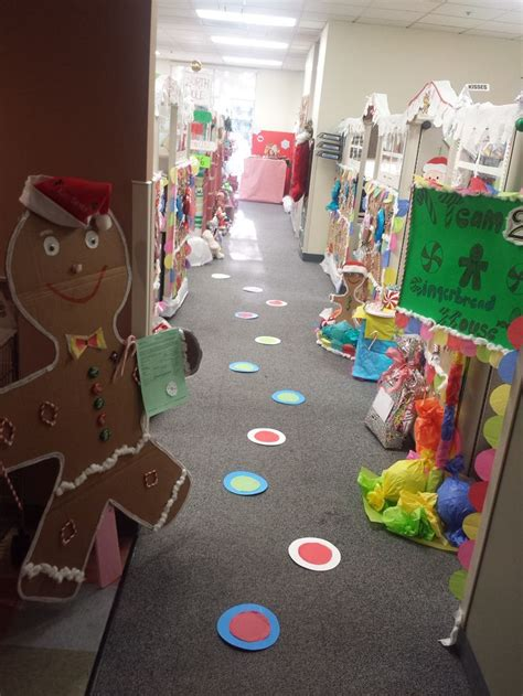 giner bread cubicle christmas decorations cubicles and gingerbread on