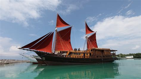 Phinisi Boats For Sale Indonesia by Phinisi Sailing Boat Buginese Of South Sulawesi Phinisi