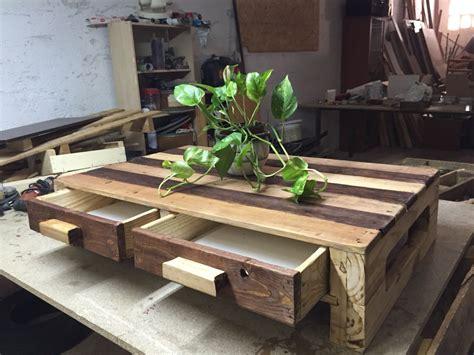 mesa ratonera hecha   palets cajones realizados