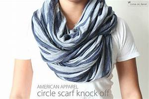 33 Beautiful Ways on How to Tie A Scarf - Tip Junkie
