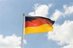 Deutsche Fahne Kaufen : deutschland fahne kaufen 90 x 150 cm ~ Markanthonyermac.com Haus und Dekorationen