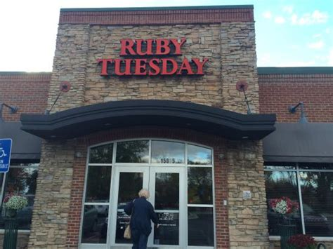 ruby tuesday american restaurant 15075 n beck rd in