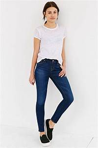 White t-shirt // deep blue jeans // black and white ...
