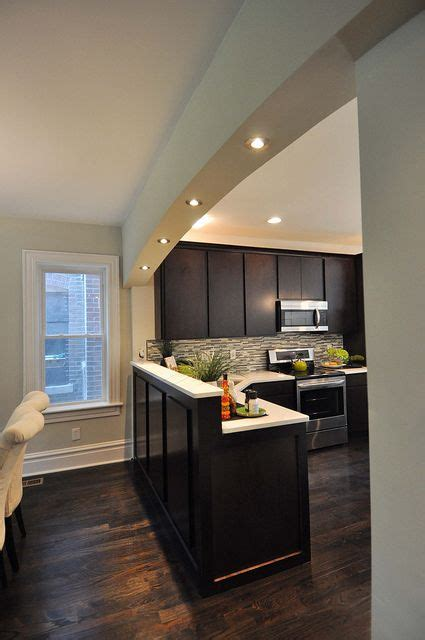 archway  recessed lighting   home  wall