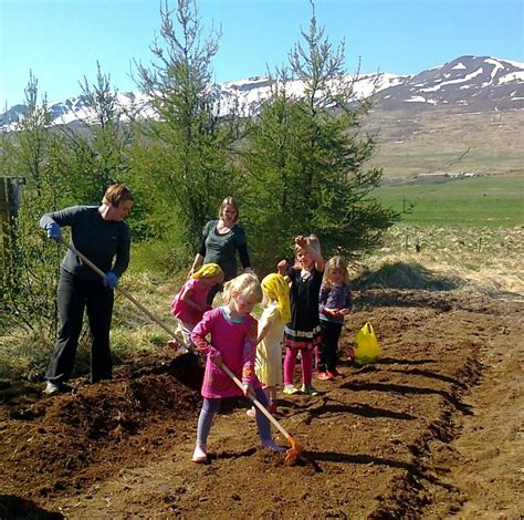 outdoor activities at preschool outdoor learning in the 654 | planting