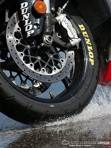 2013 Dunlop Sportmax Q3 Motorcycle Tire Review Photos