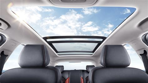 mg zs panoramic sunroof