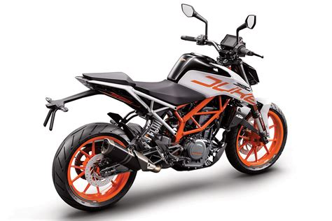 Review Ktm Duke 390 by Review 2017 Ktm 390 Duke Cycleonline Au