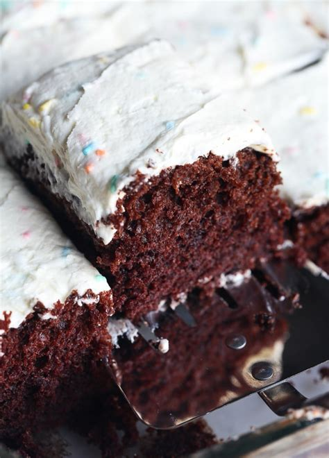 cake wacky recipe frosting egg without pan dairy right kind 9x13 cookiesandcups grease mess even don