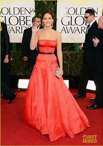 Jennifer Lawrence - Golden Globes 2013 Red Carpet: Photo ...
