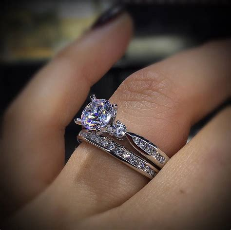 how to pay for an engagement ring raymond lee jewelers