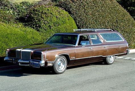 1974 Chrysler Imperial Town & Country wagon | A pretty ...