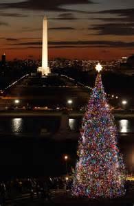 gli alberi di natale pi 217 belli del mondo washington dc usa monumento a george washington