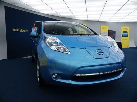 2011 nissan leaf real world range testing complete ultimate car