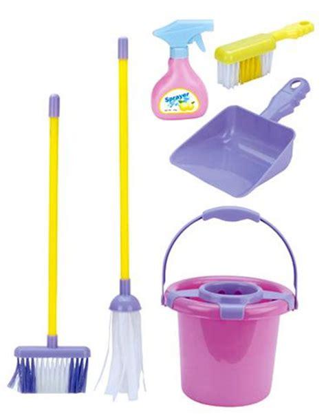 tips membeli alat kebersihan rumah tangga