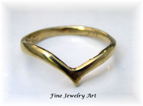 handmade simple thin v shaped ring 14k gold ring curved