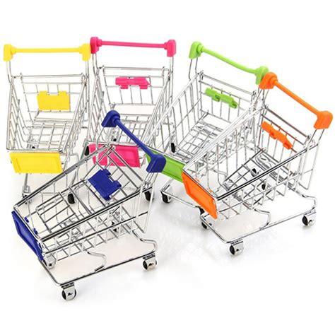 supermarché chariot à mini panier de bureau de