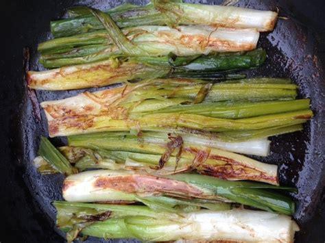 cuisiner les poireaux poireaux crayon recette rapide hélène