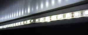 Led Streifen Wasserdicht Selbstklebend : led beleuchtungsband glas pendelleuchte modern ~ Kayakingforconservation.com Haus und Dekorationen