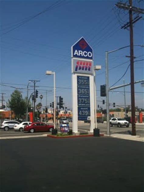 arco gas station  pm gas service stations san