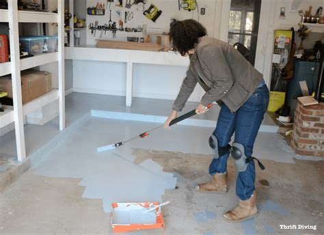 How to Paint Garage Floors With 1 Part Epoxy Paint