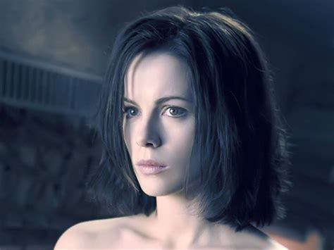 Sexy Wallpaper Kate Beckinsale Wallpapers For Free