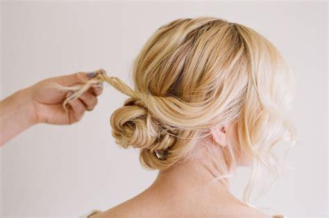 Lässige Hochsteckfrisuren Für Mittellange Haare  12 Tolle