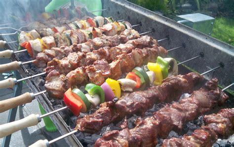 cuisine barbecue bbqs and hog roasts alex chef