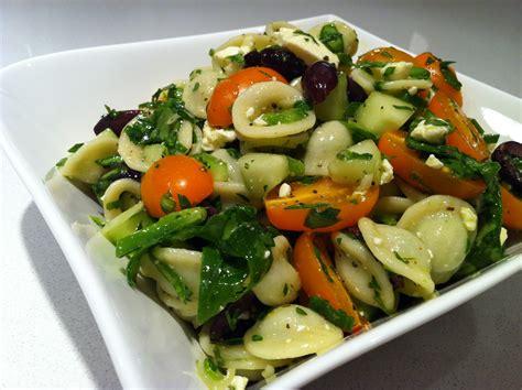 le penchant gourmand l ultime salade de p 226 tes 224 la grecque