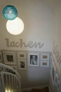 Tapeten Für Flur Und Treppenhaus : die 25 besten ideen zu treppenhaus streichen auf pinterest treppe streichen schwarze w nde ~ Sanjose-hotels-ca.com Haus und Dekorationen